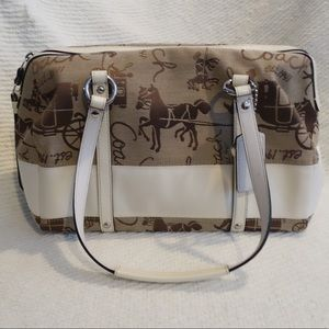 Coach horse and carriage pattern purse